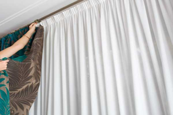 Cleaning-Drapes - Zebrablinds.ca