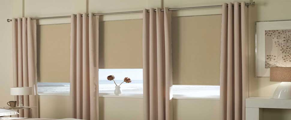 Blackout-roller-shades-canada - ZebraBlinds.ca