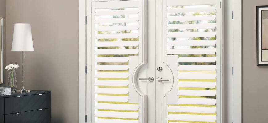 Faux Wood Blinds for Front Doors